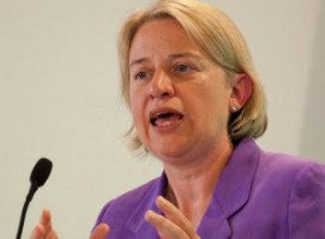 Natalie Bennett, Leader of the Green Party calls for a £10 an hour minimum wage for all.
